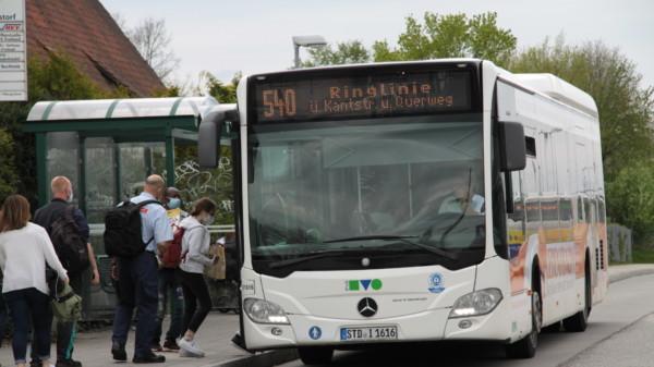 Bushaltestelle am Bahnhof Neu Wulmstorf