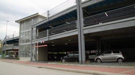 P+R Parkhaus am Bahnhof Neu Wulmstorf