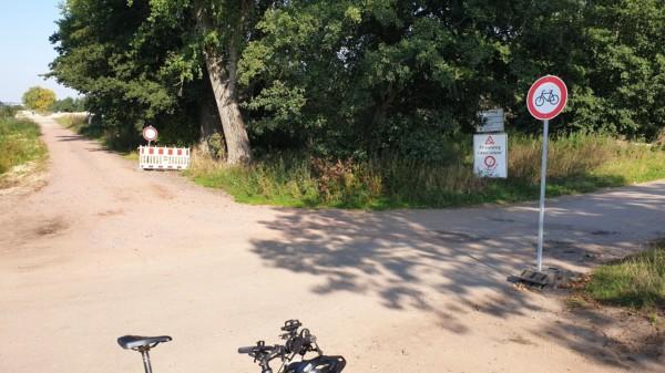 Sperrung Nincoper Moorweg und Neuenfelder Hinterdeich